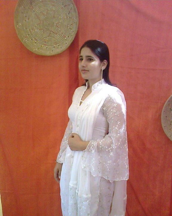 Rawalpindi City Girl: Sexy Hot Girl Pictures In Rawalpindi